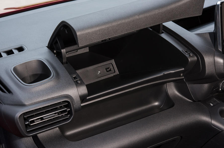 Vauxhall Combo Life 2018 UK first drive review glovebox