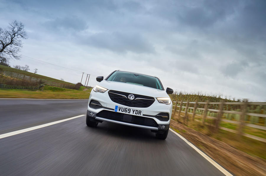 Vauxhall Grandland X Hybrid4 2020 UK first drive review - on the road nose