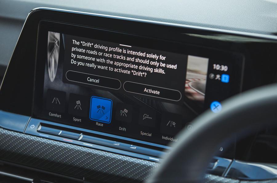 14 Volkswagen Golf R performance pack 2021 UE FD mode drift