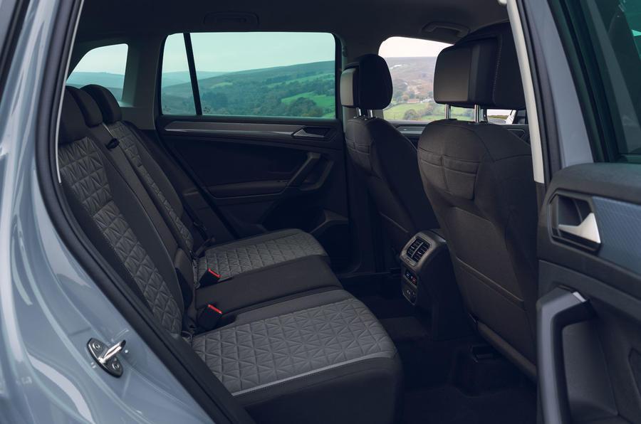 Volkswagen Tiguan Life 2020 : premier bilan de conduite au Royaume-Uni - sièges arrière