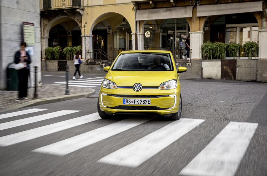 Volkswagen e-Up 2020 first drive review -  cornering