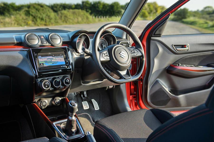 Suzuki Swift Sport Hybrid 2020 - interior