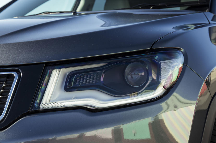 Jeep Compass 2018 UK review headlights