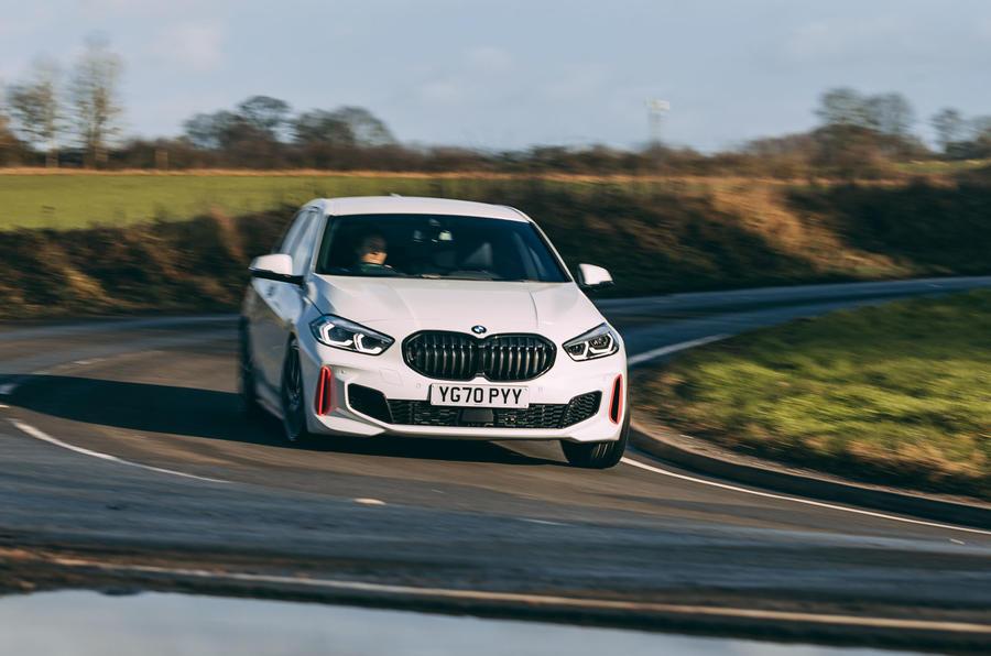 15 BMW 1 Série 128ti 2021 : premier examen de conduite sur la route au Royaume-Uni