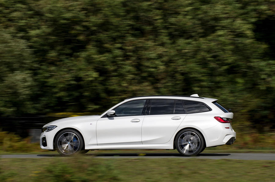 BMW 3 Series Touring 330d 2019 UK first drive review - hero side