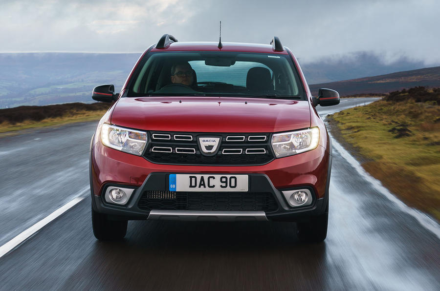 Dacia Sandero Stepway Techroad 2019 first drive review - on the road nose