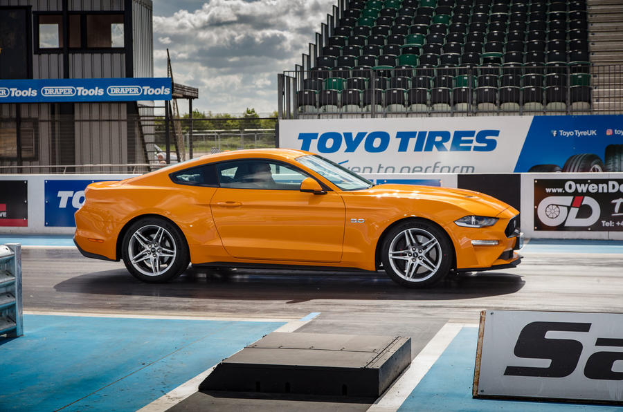 Ford Mustang GT 5.0 2018 UK review static side