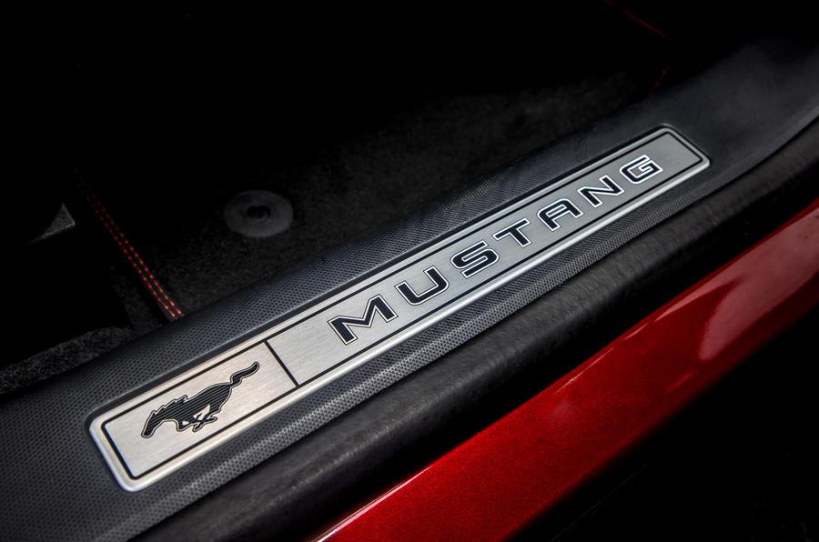 15 Ford Mustang Mach E 2021 : premier essai au Royaume-Uni des plaques de protection.