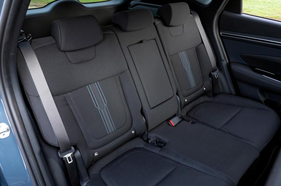 15 Hydundai Tucson PHEV 2021 UE FD sièges arrière