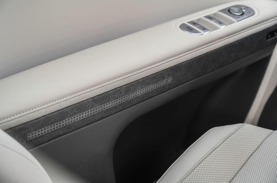 15 Hyundai Ioniq 5 2021 FD Plaques de Norvège Garnitures intérieures