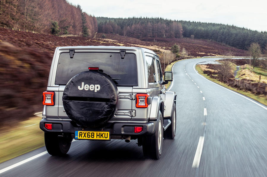 Jeep Wrangler 2019 UK first drive review - on the road rear