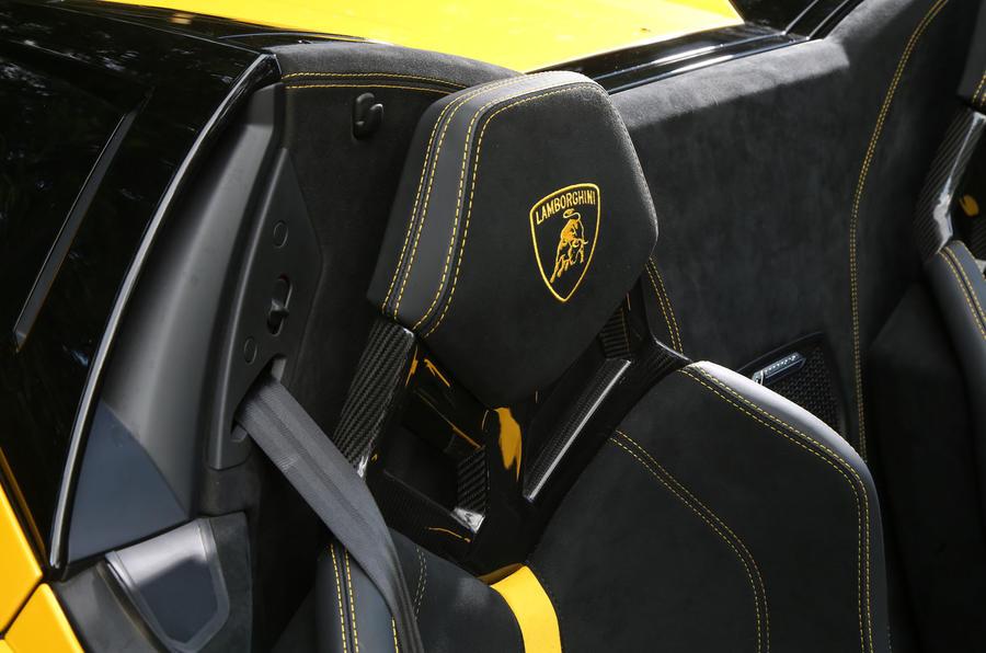 Lamborghini Huracan Performante Spyder 2018 UK review headrests