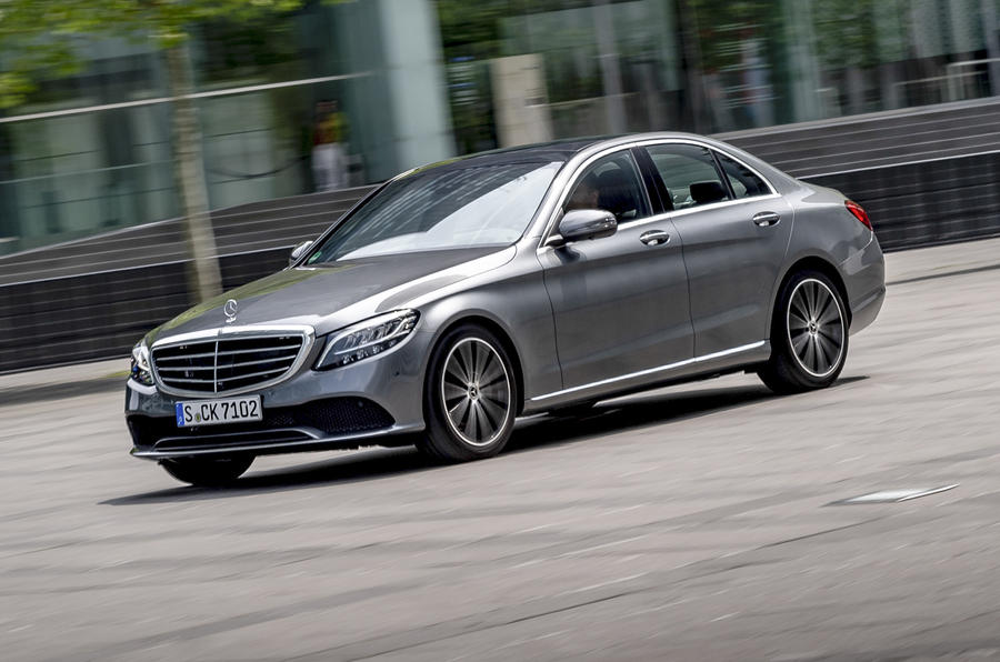 Mercedes-Benz C-Class C200 AMG Line 2018 review | Autocar