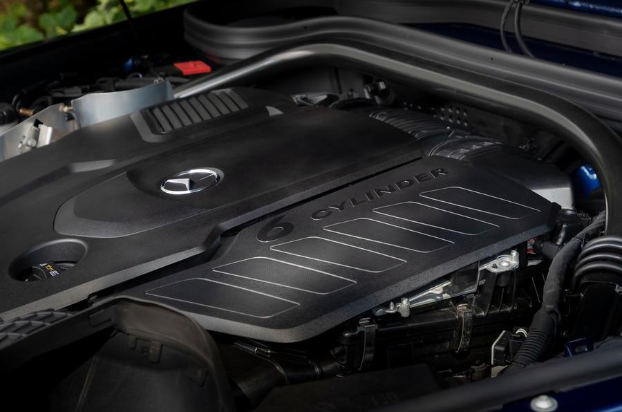 Mercedes-Benz G400d 2019 first drive review - engine
