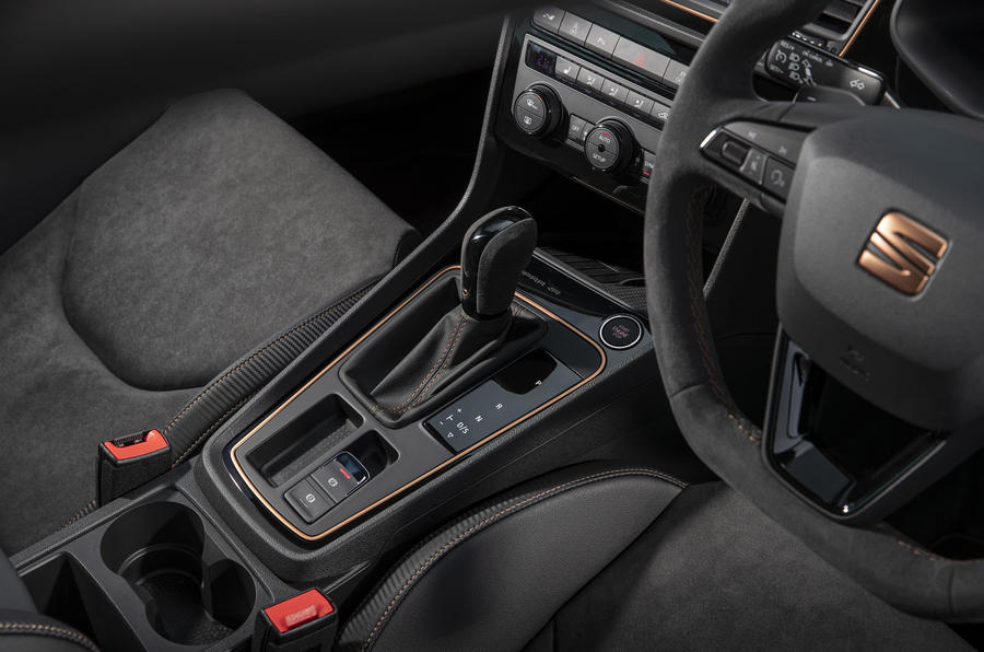 Seat Leon Cupra R ST Abt 2019 UK first drive review - centre console