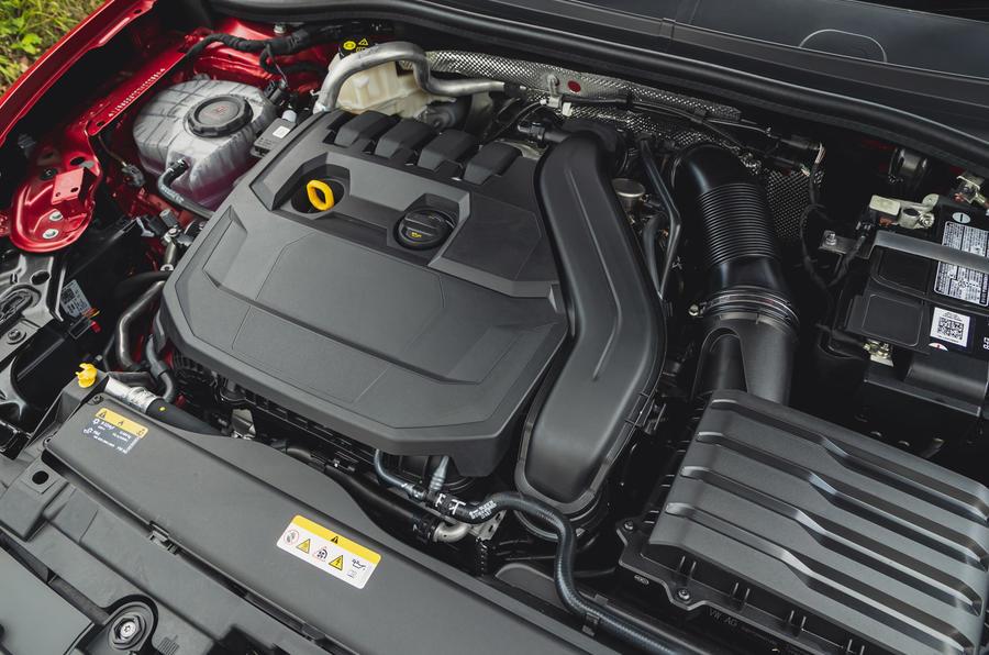 15 chỗ ngồi Leon Estate FR 2021 Đánh giá động cơ lái đầu tiên của Vương quốc Anh