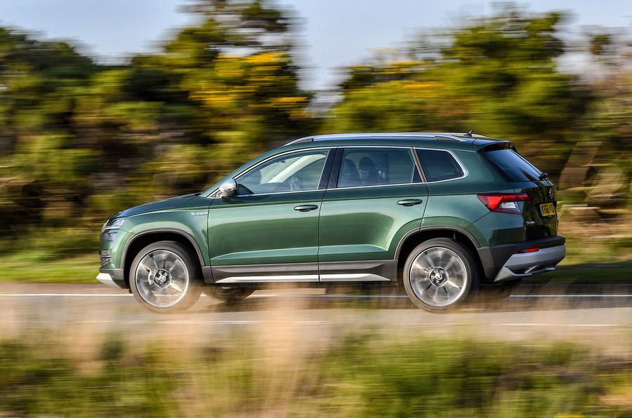 Skoda Karoq Scout 2019 first drive review - on the road side view