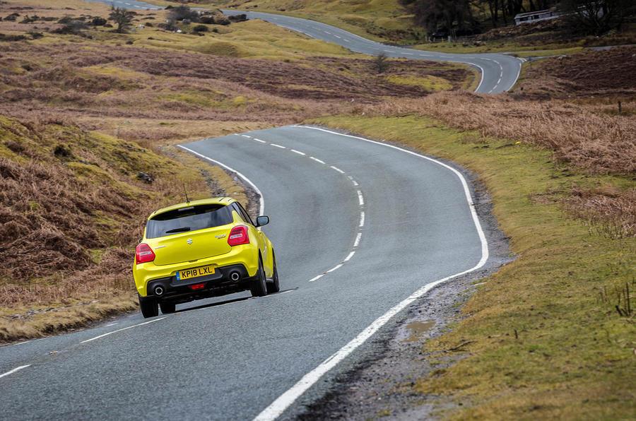 Suzuki Swift Sport 2018 review road rear