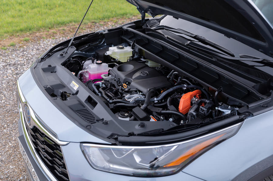 15 Toyota Highlander 2021 UE : premier essai moteur