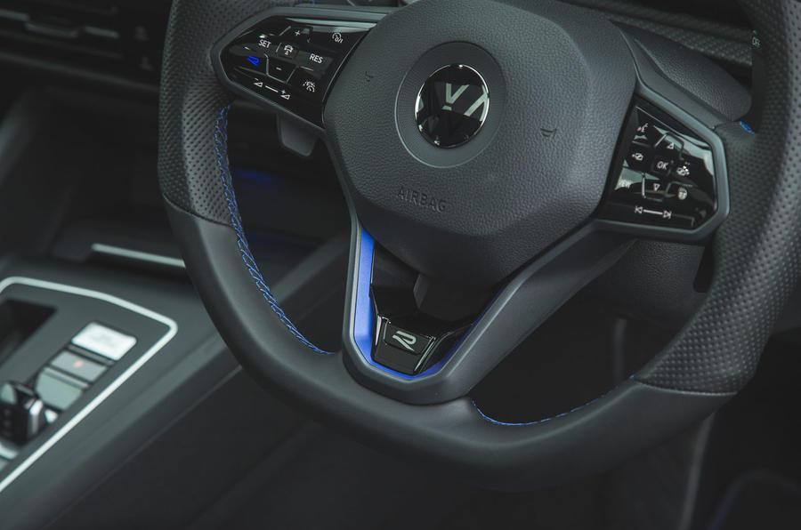 15 Volkswagen Golf R pack performance 2021 UE FD insigne R