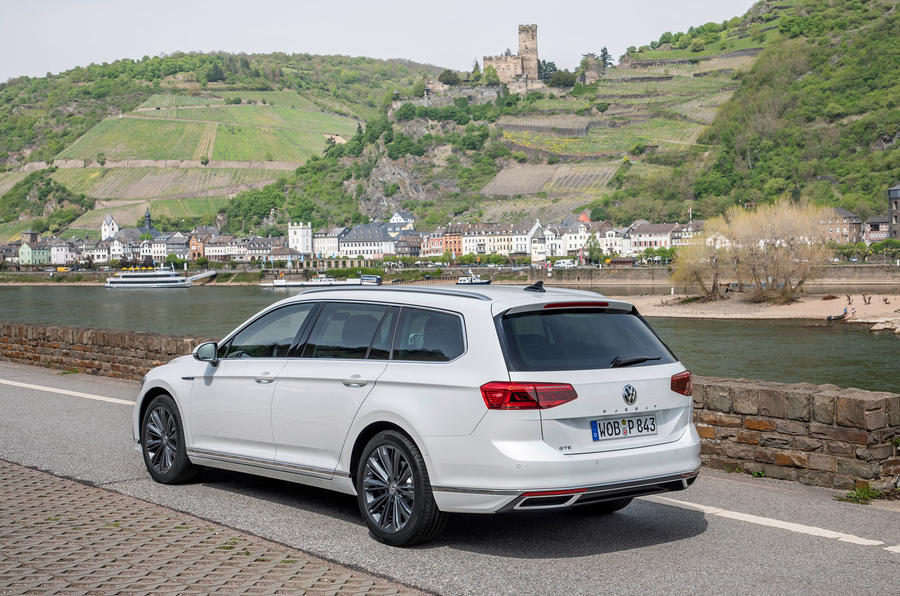 Volkswagen Passat GTE Estate 2019 first drive review - static rear