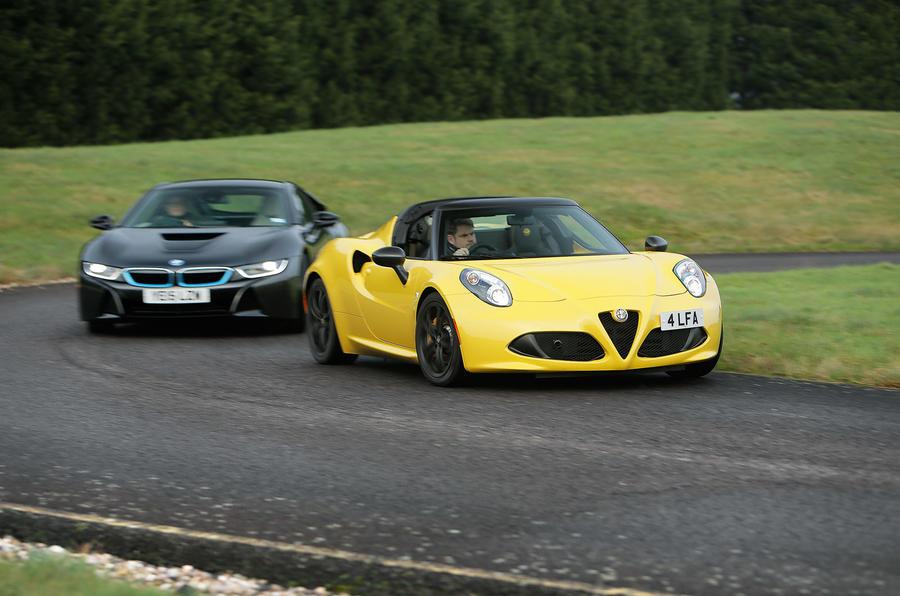 BMW i8, Alfa Romeo 4C