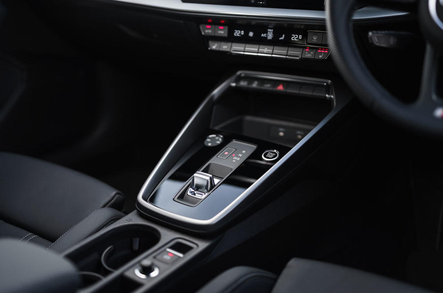 Audi A3 TFSIe 2020 UK first drive review - centre console