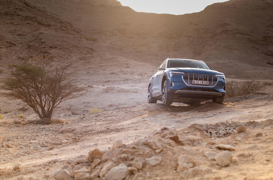 Audi E-tron quattro 2018 first drive review - offroad front