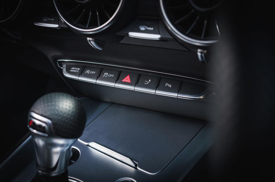 Audi TT Roadster 2019 UK first drive review - traction control