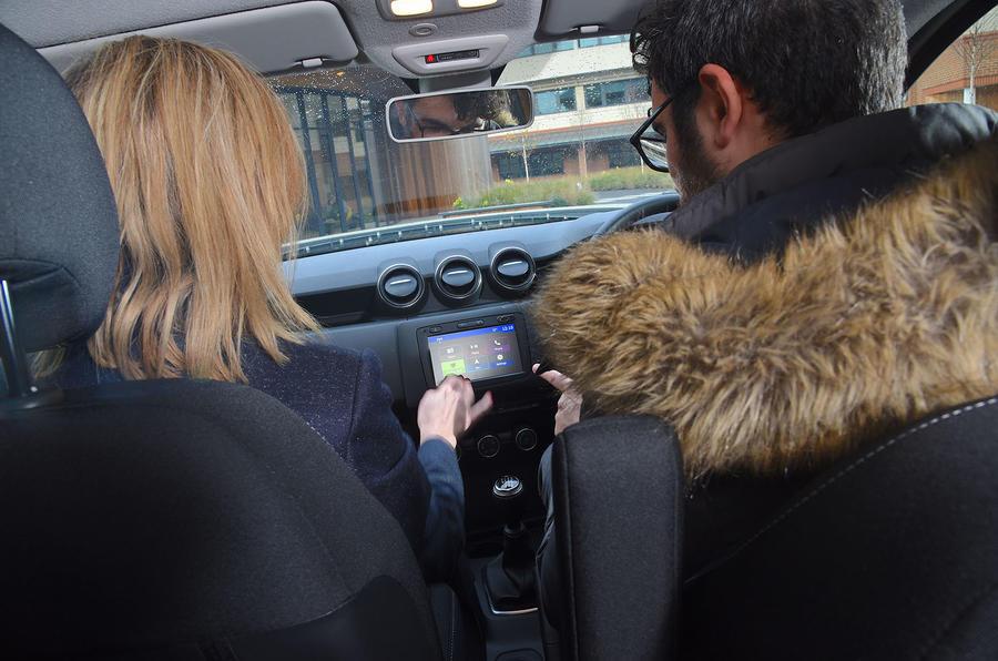 Dacia Duster 2019 long-term review - infotainment