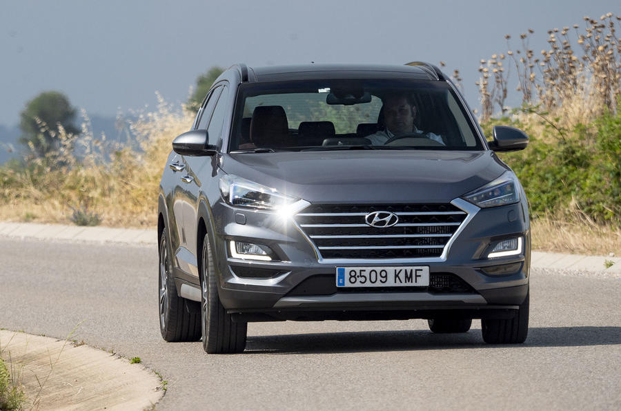 Hyundai Tucson 2.0 CRDI 48v 2018 first drive review cornering
