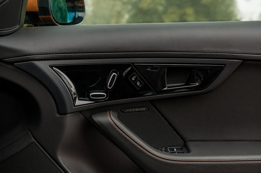 Jaguar F-Type MY2018 first drive review - door cards