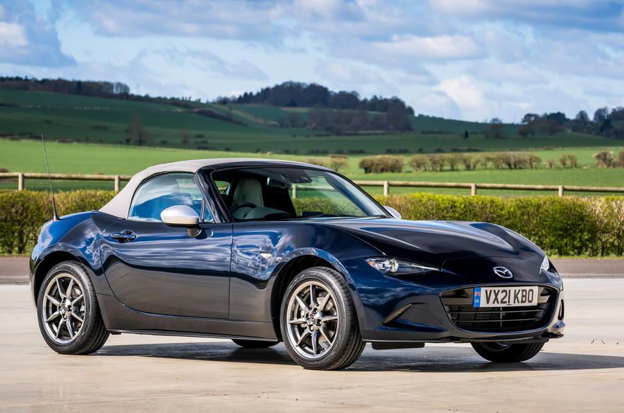 16 Mazda MX 5 Sport Venture 2021 UE FD statique