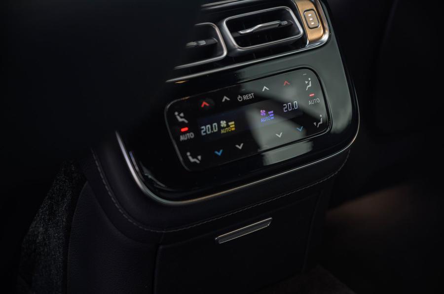 16 Mercedes Classe S S400d 2021 UE FD commande de climatisation arrière
