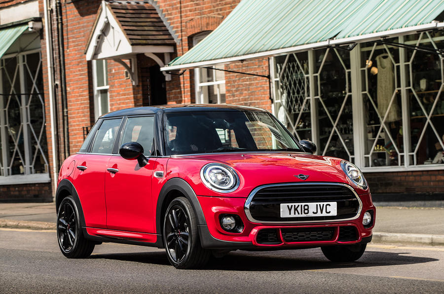 Mini Cooper 5dr 2018 UK review static