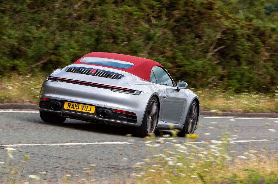 Porsche 911 Carrera 4S Cabriolet 2019 UK first drive review - cornering
