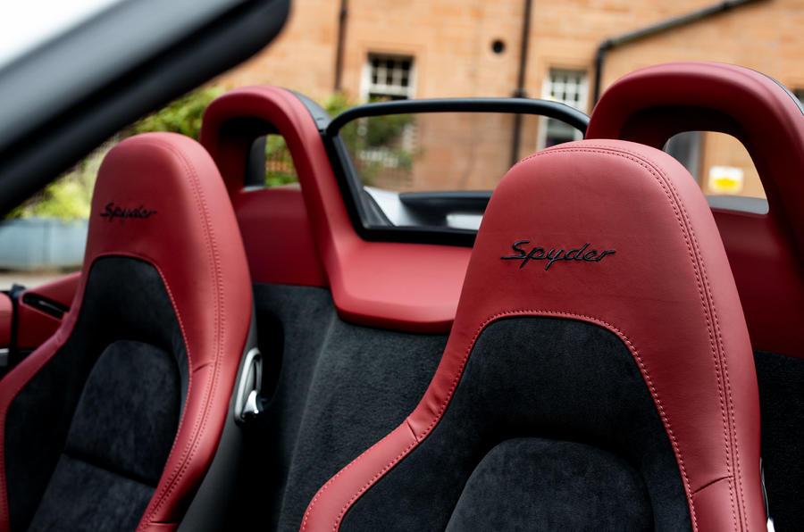 Porsche 718 Boxster Spyder 2019 first drive review - seats
