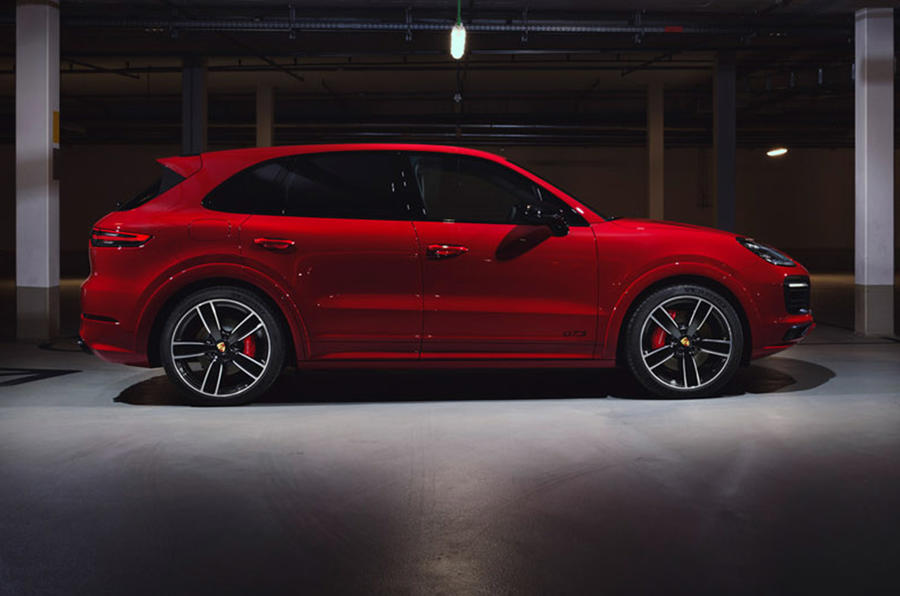 Porsche Cayenne GTS 2020 - static side