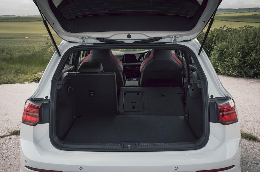 16 Volkswagen Golf GTI Clubsport 45 2021 UE FD coffre de voiture