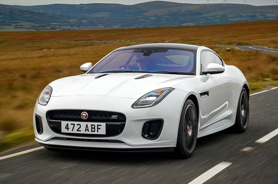 Jaguar F Type coupé Chequered Flag