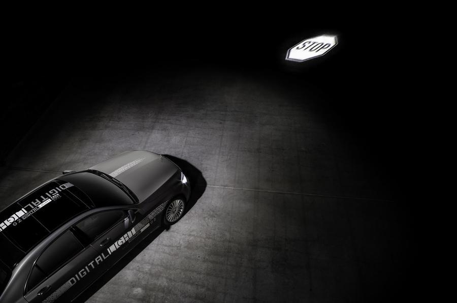 Mercedes Car Leasing >> Mercedes-Benz reveals new digital lighting technology | Autocar