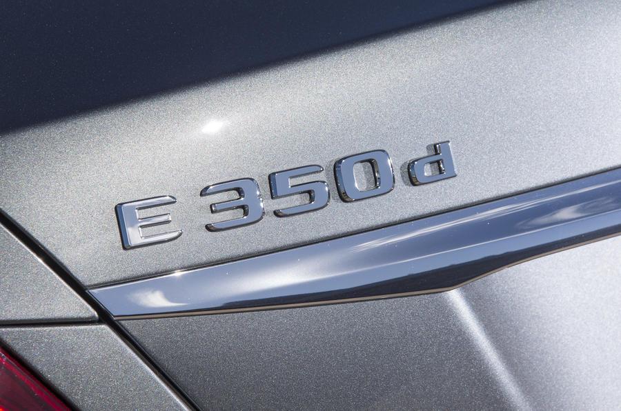 Mercedes-Benz E 350 d badging