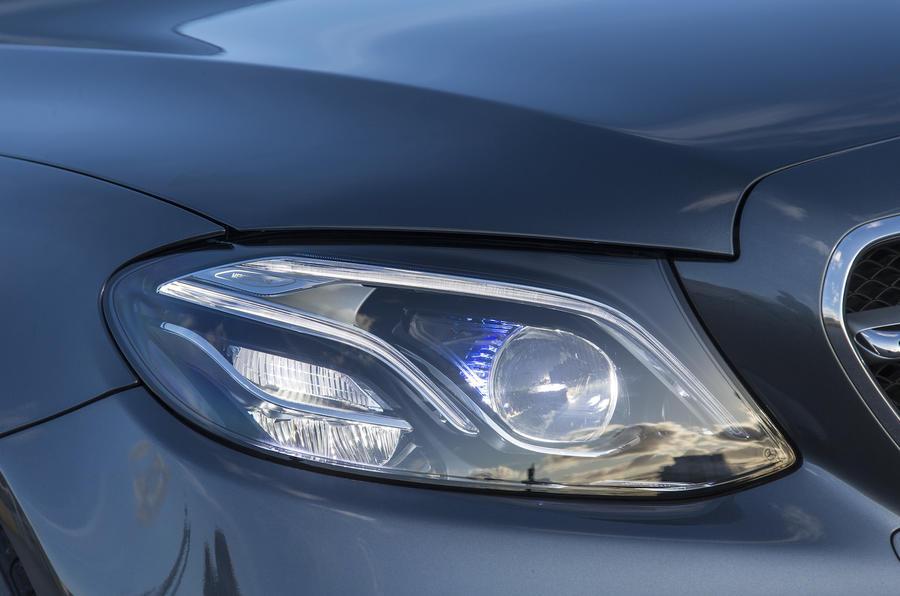 Mercedes-Benz E 350 d LED headlights