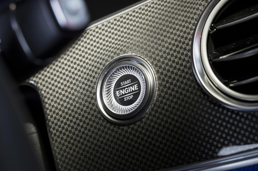 Mercedes-Benz E 350 d ignition button