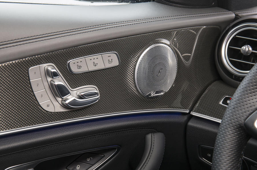 Mercedes-Benz E 350 d seat adjustment