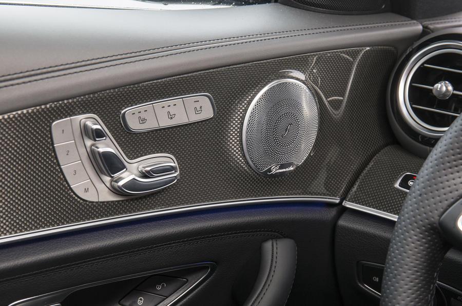 Mercedes-Benz E 350 d seat adjustment