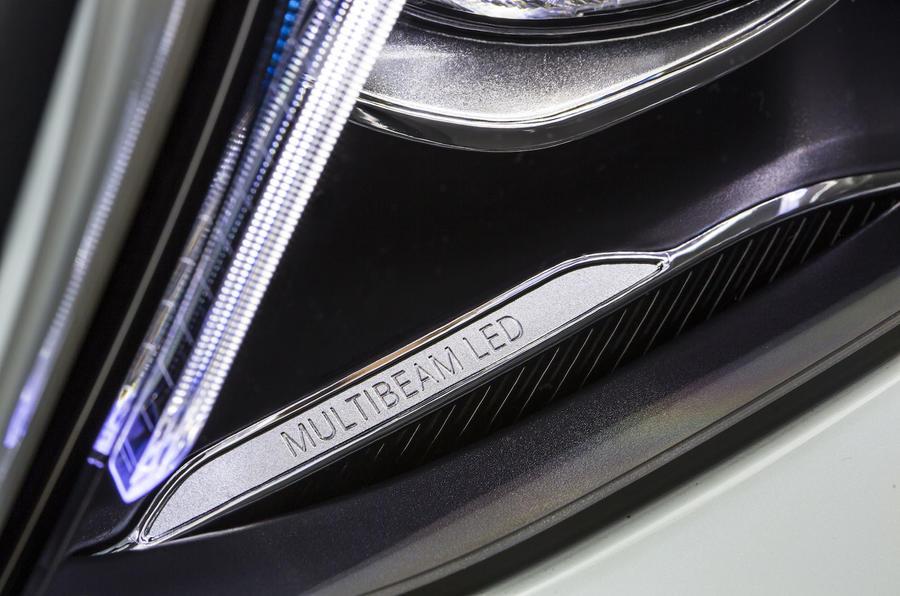 Mercedes-Benz E 350 e LED headlights
