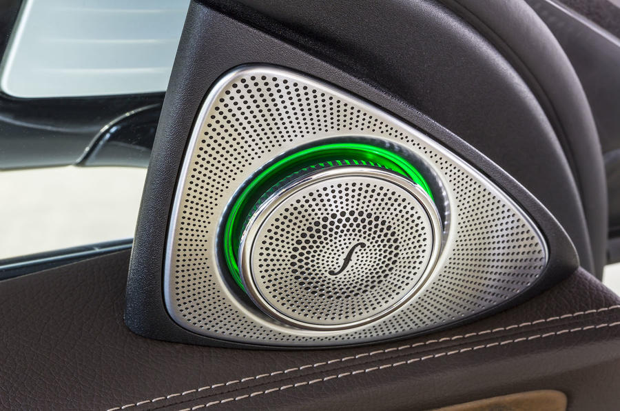 Mercedes-Benz E 350 e speakers