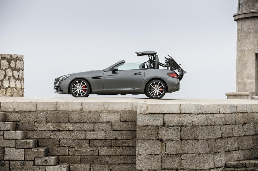 £46,355 Mercedes-AMG SLC 43