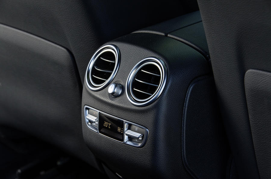 Mercedes-Benz GLC Coupé rear climate control